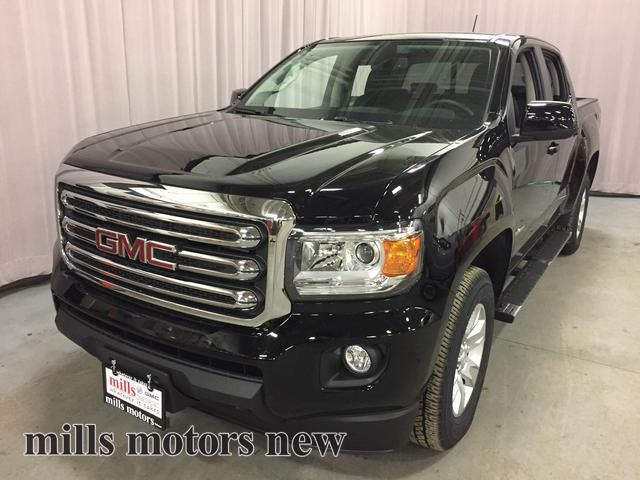 new 2017 gmc canyon 4wd crew cab 128 3 sle 4 door pickup in oshawa 170598 mills motors buick gmc. Black Bedroom Furniture Sets. Home Design Ideas