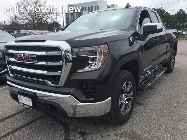 New 2019 GMC Sierra 1500 4WD Double Cab SLE