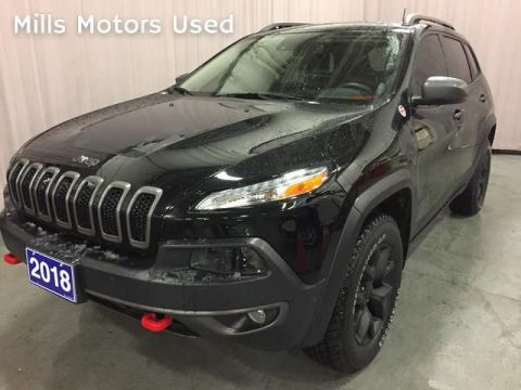 Pre-Owned 2018 Jeep Cherokee Trailhawk Leather 4x4