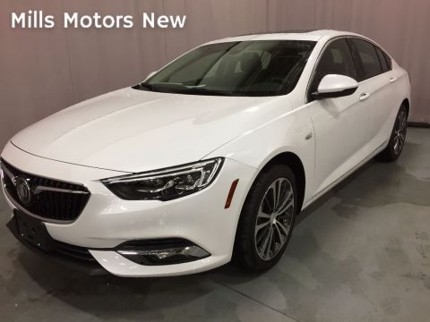 2019 Buick Regal Sportback 4dr Sdn Essence AWD